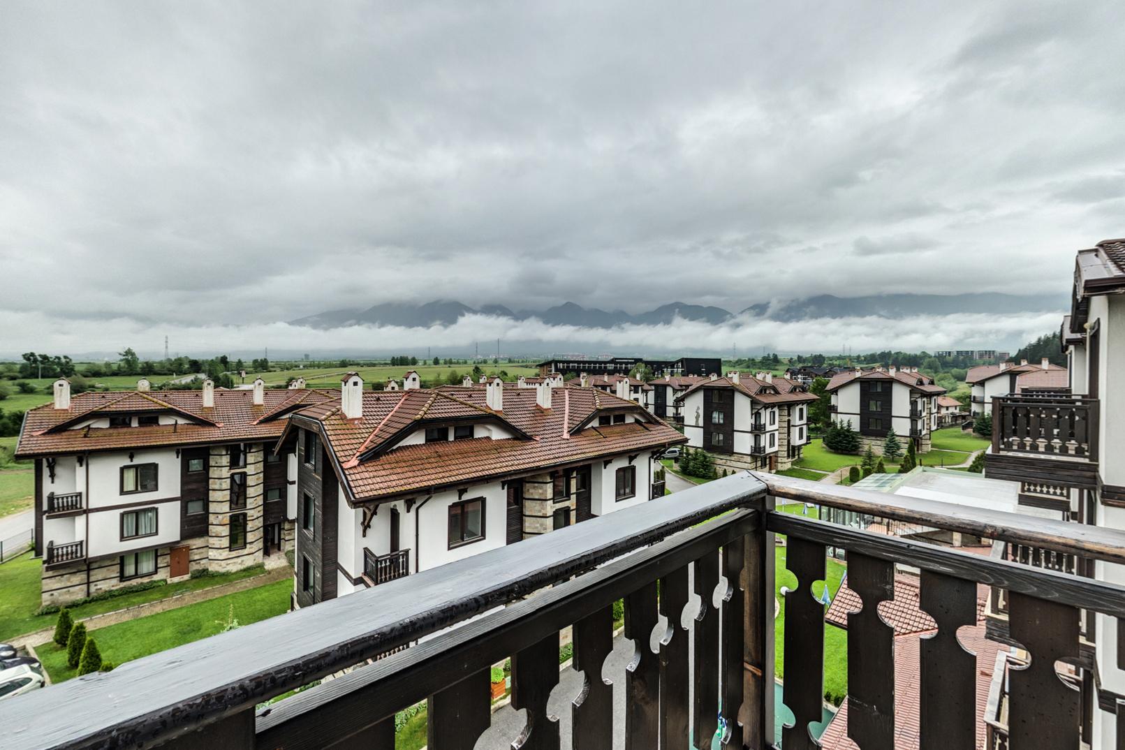 Trois Montagnes Properties